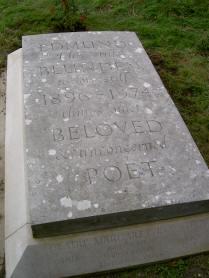 Edmund Blunden grave
